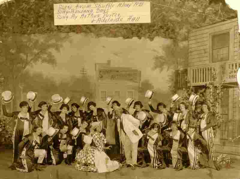 Josephine Baker in the chorus line of Shuffle Along